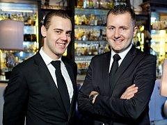 Pětatřicetiletý Alex Kratěna (vpravo) z brněnských Kohoutovic nyní patří mezi světovou barmanskou elitu.