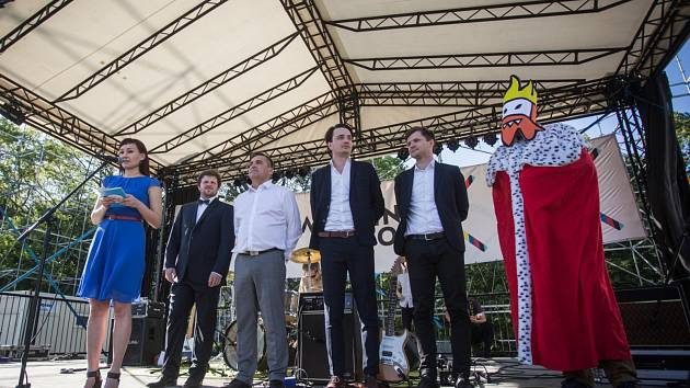 Zahájení festivalu Meeting Brno na Moravském náměstí.
