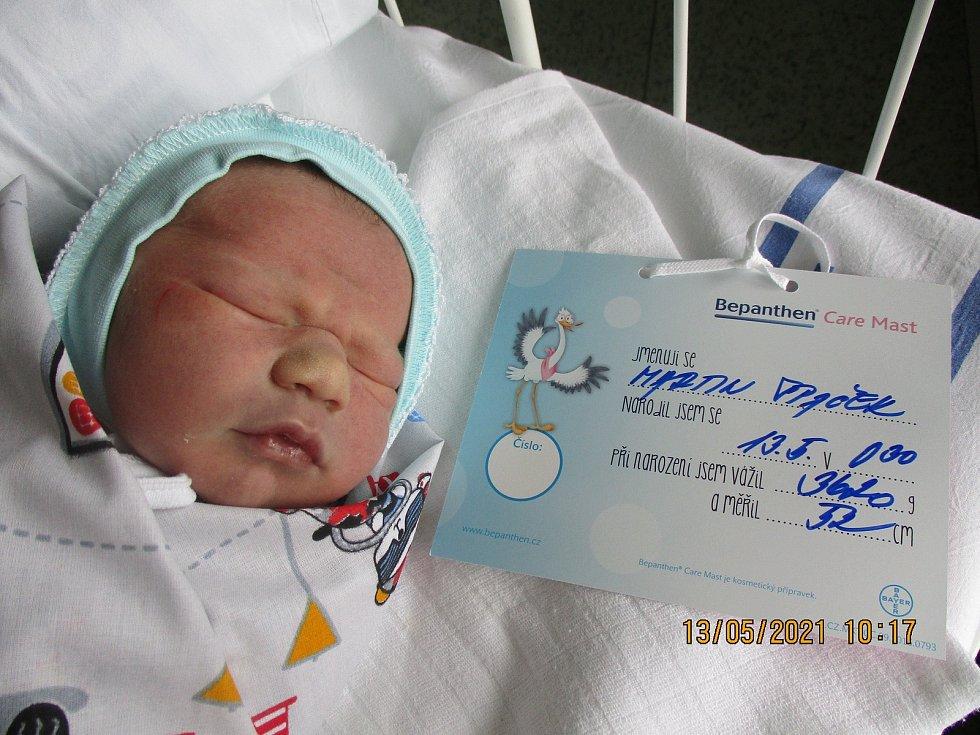 Martin Špaček, 13. května 2021, Tvrdonice, Nemocnice Břeclav, 3620 g, 52 cm