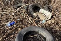 Konec poházeným pneumatikám v přírodě. V Brně je odevzdají zdarma a na víc míst.