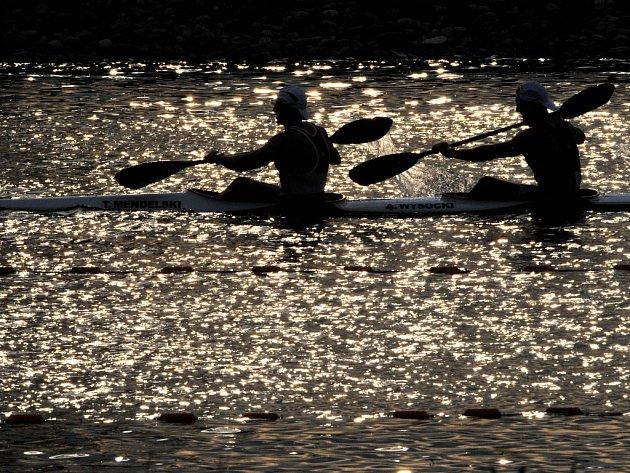 Z PŘEHRADY AŽ NA OLYMPIÁDU.  Na řece Svratce začínalo kariéru mnoho známých vodáků, například veslařka Miroslava Knapková nebo kajakář Pavel Holubář.