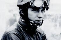 Motocyklový závodník Bohumil Staša.