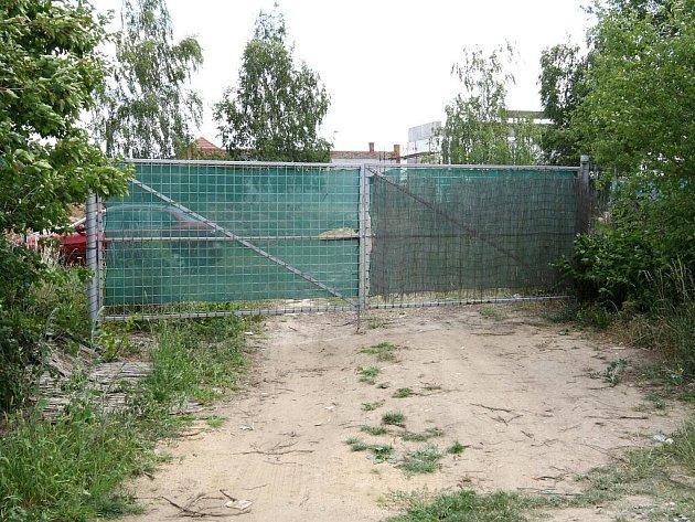 Podnikatel Petr Hirt chce u Brněnské přehrady v Rekreační ulici stavět novou ubytovnu.