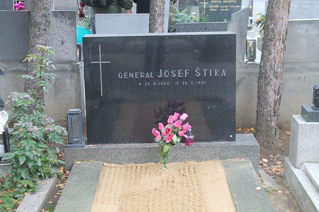 Hrob Josefa Štiky.