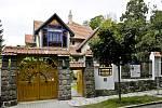 Před deseti lety Moravská galerie zpřístupnila Jurkovičovu vilu. Pořádá v ní výstavy.