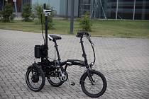 Vědci z VUT vyvíjí vozítko, které pomůže s mapování tras pro handicapované