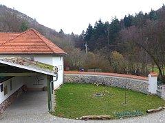 Objevte krásu údolí Říčky v Moravském krasu.