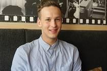 Nejlepší barman roku 2016 Matěj Coufal pracuje v brněnských podnicích Super Panda Circus a Bar, který neexistuje.