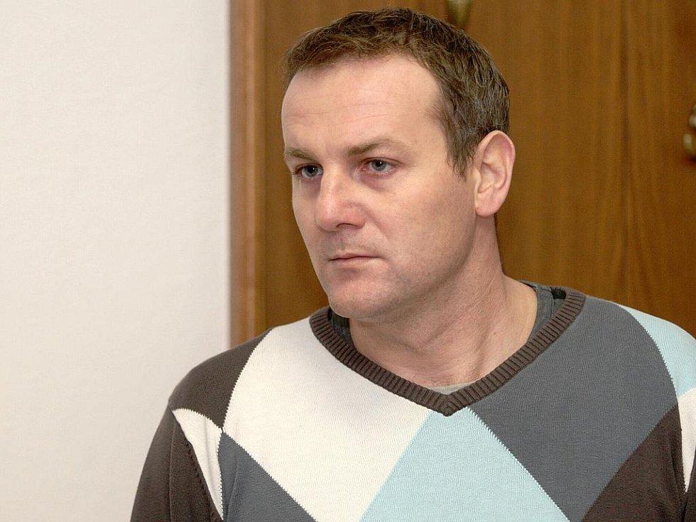 Zdeněk Zábranský u brněnského soudu.