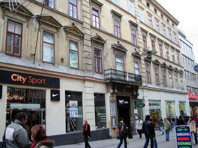 Brichtova kavárna sídlila v těchto místech.