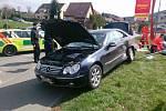 Pět dospělých a jedno dítě se zranilo v neděli krátce po poledni při dopravní nehodě v Obvodové ulici v Brně.