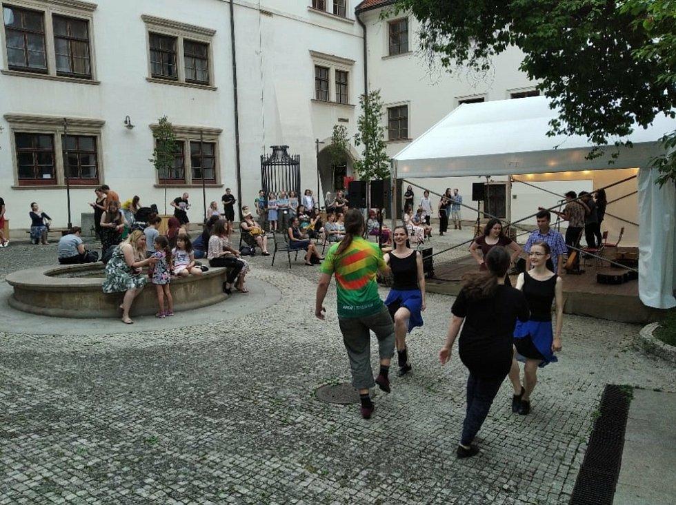 Brňané si po celé léto vyberou z řady hudebních, tanečních, divadelních akcí i workshopů.