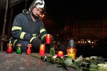 Brněnští hasiči uctili památku Davida Kožuského a Jaroslava Garguly.