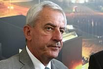 Ministr zdravotnictví Leoš Heger na jednání v areálu brněnského výstaviště.
