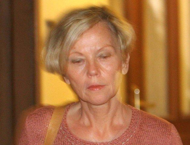V případu týraných dětí z Kuřimi chystají kriminalisté další obvinění. Pro babičku chlapců Elišku Mauerovou.