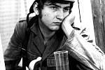 Miroslav Donutil na prknech Divadla Husa na provázku - Tótovci, 1972.