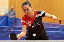 Osmnáctiletá Číňanka Liu Jing Xuan nastupuje od začátku října za družstvo extraligových stolních tenistek TT Moravský Krumlov. Podle ní se herní styl Evropanek a Asiatek nedá srovnávat.