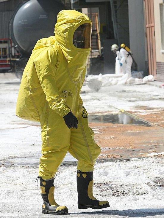 Únik kyseliny chlorovodíkové v brněských teplárnách.