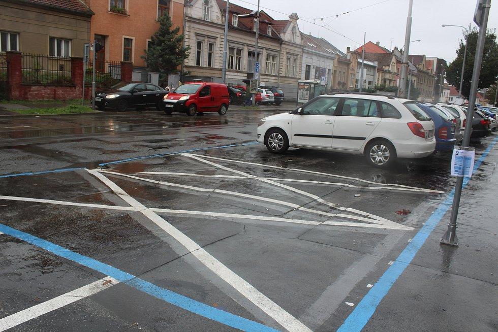 Modré zóny v brněnských Žabovřeskách.