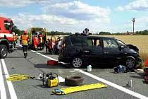 Řidička osobního auta při nehodě u Pohořelic vjela do protisměru a čelně se srazila s protijedoucím vozem.