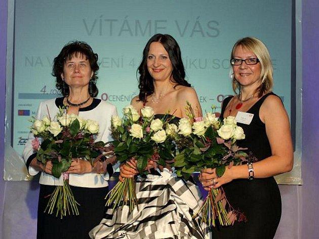 Libuše Bartková (vlevo) získala získala druhé místo v soutěži Ocenění českých podnikatelek.
