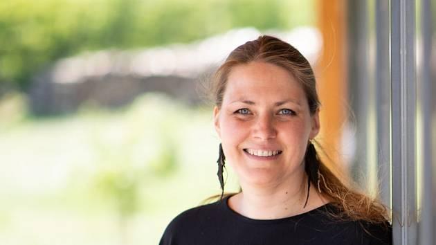 Bohdana Goliášová z Brněnska získala ocenění Moneta Živnostník roku 2019 Jihomoravského kraje. Goliášová působí jako lektorka rukodělného podnikání.