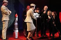 HaDivadlo uvedlo v premiéře hru Gagarin.