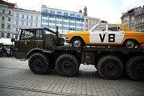 Desítky historických vozidel projely centrem Brna a ukázaly se divákům  při akci Muzeum v pohybu.