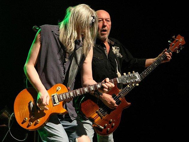Legendární rocková skupina Nazareth na koncertě v brněnském klubu Semilasso.