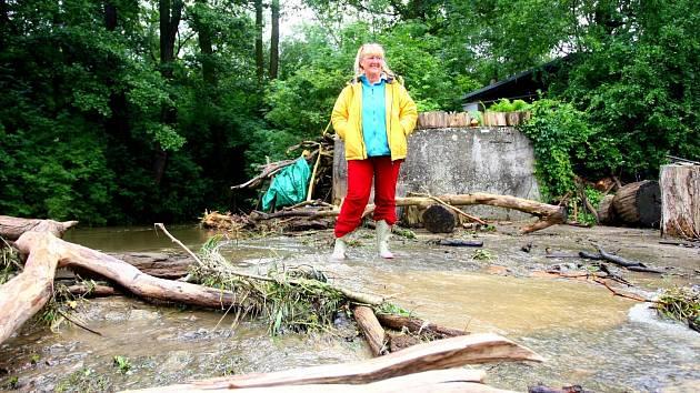 """""""Mojí chatu povodeň nezasáhla"""", oddychla si Petra Badinová z Ivančic."""
