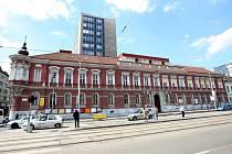 Unikátnímu brněnskému paláci Morgensternových ve Štefánikově ulici hrozí demolice. Chtějí ho zachránit památkáři i ministerstvo kultury.