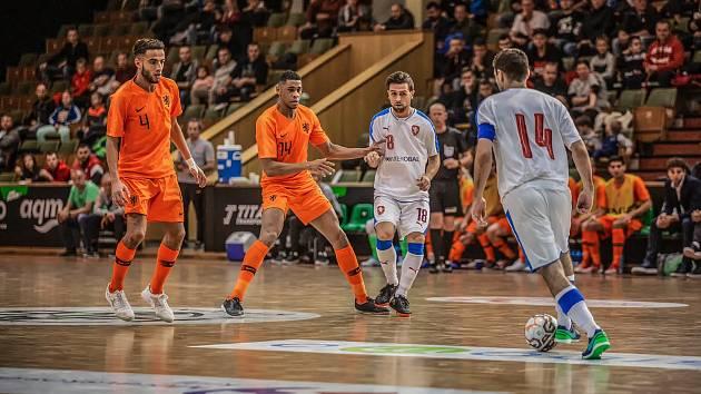Česká futsalová reprezentace zvládla v prosinci přípravné zápasy proti Nizozemsku a nyní už vyhlíží kvalifikaci o postup na MS 2020, které se odehraje od 2. do 5. února v Brně.