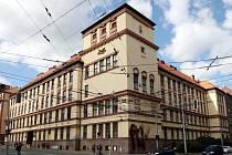 Jazyková škola v brněnské Kotlářské ulici slaví šedesát let od založení.