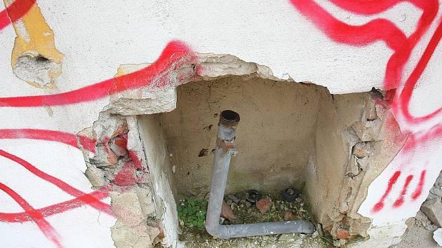 V budově ve Vlhké ulici v Brně unikl plyn.