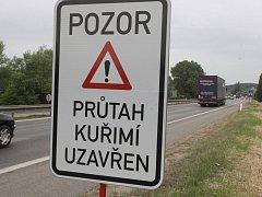 Výluky v Kuřimi zkomplikovaly život řidičům.