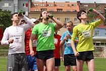 V neděli na stadionu Moravské Slavie Brno se uskutečnil historicky první český oficiální závod Pivní míle.