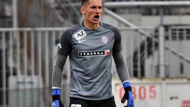 Brankář Jiří Floder.