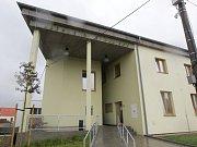 Zdravotní středisko v Hrušovanech u Brna.