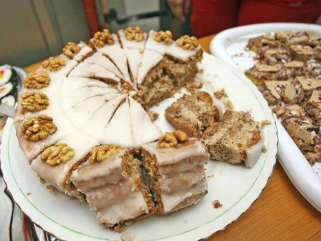 Ořešínští v sobotu ochutnávali pochoutky z ořechů.
