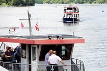 Náporům davů čelila v sobotu brněnská přehrada. Lidi k ní přitahovalo nejen krásné počasí, ale také oslava sedmdesáti let lodní dopravy.