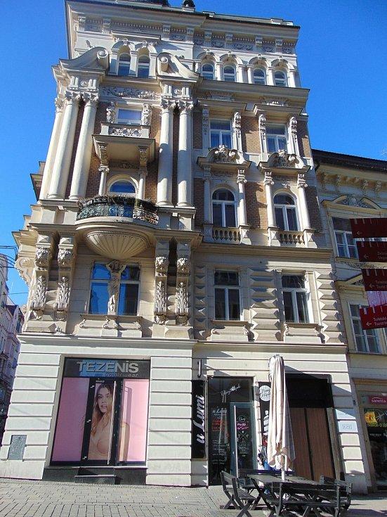 Dům na rohu Masarykovy ulice v Brně.