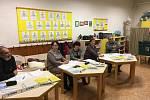 Prezidentské volby probíhají i v Ivanovicích na Hané. Lidé poprvé volí v prostorách bývalé Základní školy