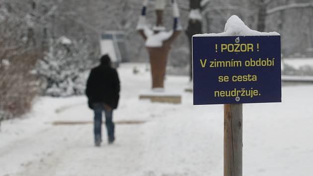 Následky mrazů v Brně: Fakultní nemocnice řeší dvojnásobek úrazů.