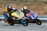 Sobotní kvalifikace na Grand Prix ČR - 19 Gabriel Rodrigo a 12 Marco Bezzecchi