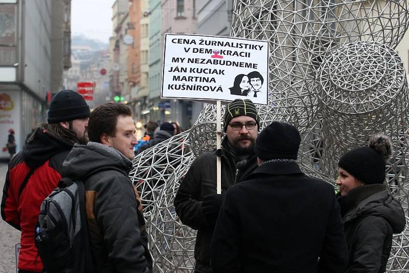 Vzpomínkové setkání a pochod za zavražděného novináře Jána Kuciaka a jeho přítelkyni Martinu Kušnírovou.