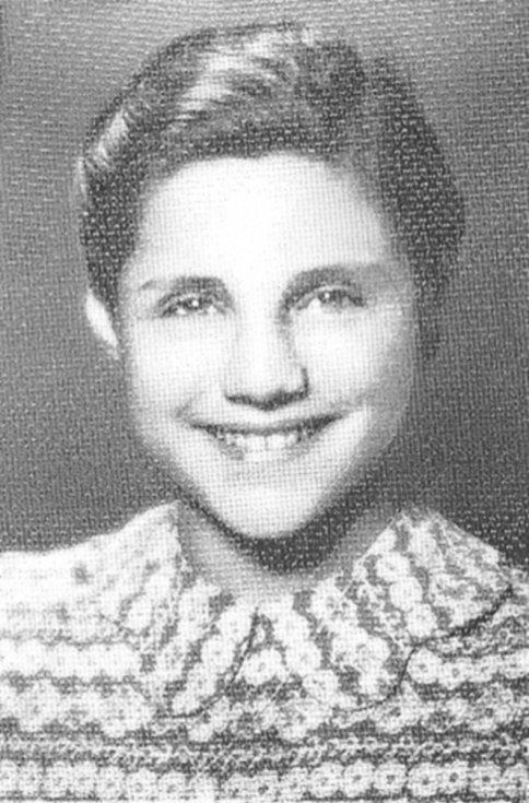 Erika Bezdíčková v době před transportem do Osvětimi.