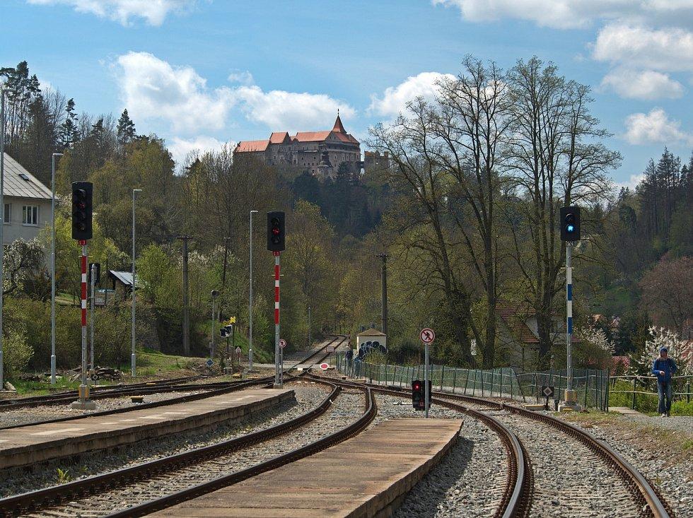 Pohed na hrad z nádraží.