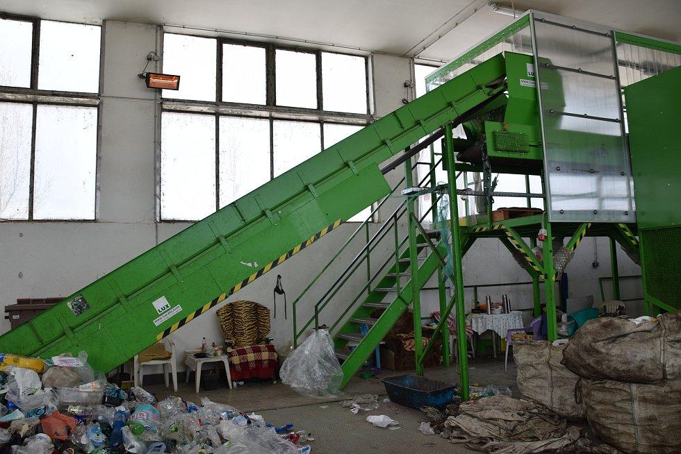 Zázemí odpadové společnosti Hantály ve Velkých Pavlovicích.