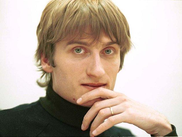 Šéfredaktor Literárních novin, ekologický aktivista a bývalý člen Strany zelených Jakub Patočka