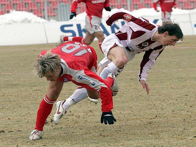 Patrik Siegl (vlevo) by Brňanům v dnešním těžkém utkání proti Spartě chybět neměl.